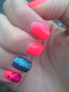 Sparkle signature nail and neon
