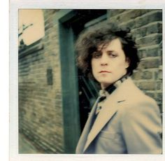 This page is dedicated to Marc Bolan. The most beautiful creation that ever walked on this planet. I have over 5000 pictures and will make this site to the biggest picture collection of all time! KEEP A LITTLE MARC IN YOUR HEART! Music Icon, My Music, Glam Rock Bands, Electric Warrior, Poetry Photos, Marc Bolan, New Mens Fashion, People Of Interest, Glamour