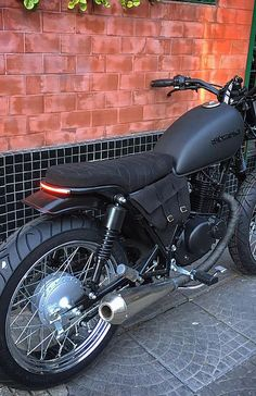 #71 Suzuki GN125