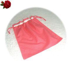 kırmızı kareli agzı fıstolu çamaşır torbası Elsa