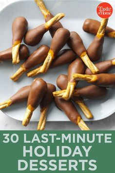 30 Last-Minute Holiday Desserts Candy Recipes, Fall Recipes, Holiday Recipes, Pasta Recipes, Dessert Recipes, Candy Turkeys, Turkey Drumsticks, Chocolate Turkey, Turkey Legs