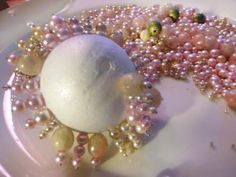 Learn how to turn old costume jewelry into holiday decorations.