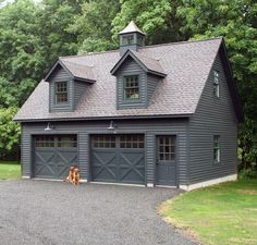Love everything about this Kloter Farms 24 x 28 SmartSide garage. With a full second story, this garage has quite the potential. Looks like the pets are excited too! Garage Apartment Plans, Garage Apartments, Apartment Layout, Apartment Design, Garages, Carriage House Garage, Garage Addition, Breezeway, Building A Shed