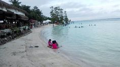 Looking for a white beach resorts in Davao? Here is a list of the most popular white beach resorst in Davao. Find it here and enjoy your day.