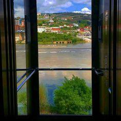 Lift Vila Galé Douro Hotel Lamego  #douro #lamego #igersoftheday #picoftheday #travelphotography #ricaviagem #viagens #viajecomigo #landscapephotography #landscape_captures #landscape #ilovedouro #portugalalive #PortugalOnTheRise #portugalalive #p3top #fotododia #instago #portugaldenorteasul #viajantes #ig_today  #amar_portugal #douroriver #portugal_de_sonho #vilagale #vilagaledouro by instarickygram