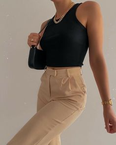 Cute Casual Outfits, Chic Outfits, Fashion Outfits, Fashion Tips, Fashion Quotes, Fashion Websites, Fashion Essentials, Fashion History, Modest Fashion