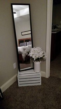 First House decor – 15 Elegant Cheap And Easy First Apartment Decorating Rental…. First House decor – 15 Elegant Cheap And Easy First Apartment Decorating Rental… Diy Home Decor Rustic, Cheap Diy Home Decor, Cheap Bedroom Decor, Farmhouse Decor, Apartment Decorating On A Budget, Diy Apartment Decor, Decorating Small Apartments, Small Apartment Organization, Apartment Makeover