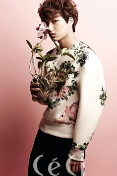 Kai EXO become flower boys for 'CeCi' Luhan, Kaisoo, Exo Kai, Kim Jong Dae, Kim Jongin, Kpop Exo, Flower Boys, Pop Group, Shinee