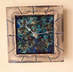 Slab Pottery, Ceramic Pottery, Ceramics Ideas, Pottery Ideas, Wall Clocks, Clay Art, Magick, Sculpture Art, Art Projects