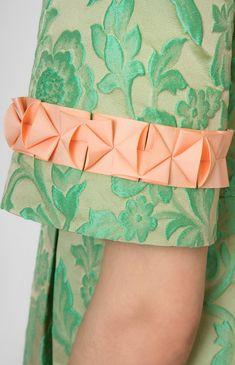 Ribbon-trim thick jacquard dress. Boat neck. Back with a round low cut. Hidden back zip closure. Side seam pockets. #Pintel #work #cocktail #green #orange #origami #dress #cute #pretty #midi #style #handmade #ribbon #rose