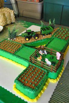 John Deere tractor farm field cake – Nathan likes the individual fields. Tractor Birthday Cakes, 4th Birthday Cakes, Birthday Party Meals, 2nd Birthday, Tractor Cakes, Birthday Ideas, John Deere Party, Farm Cake, Birthday Cake Decorating