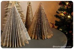 Don't want a regular Christmas tree this year? Check out these 60 alternative Christmas tree ideas that are simple and festive. Book Christmas Tree, Book Tree, All Things Christmas, Christmas Holidays, Christmas Decorations, Holiday Decorating, Christmas Sheets, Decorating Ideas, Xmas Trees