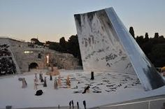 massimiliano fuksas: scenography of medea and edipo for the greek theatre of siracusa, italy
