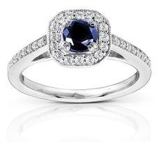 Saphir-Ring mit Diamanten
