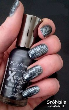 Nail Stamping with Cici&Sisi 04 stamping plate