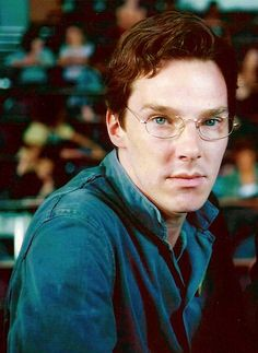 Benedict Cumberbatch as Alexander Masters - Stuart: A Life Backwards   ~looks good with glasses :3