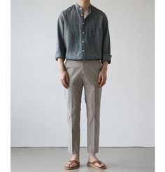 Japanese Minimalist Fashion, Minimal Fashion, Korean Fashion Men, Mens Fashion, Japanese Fashion Men, Abaya Fashion, Stylish Mens Outfits, Mens Clothing Styles, Look Fashion