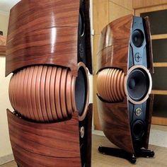 High end speakers High End Speakers, Big Speakers, Sound Speaker, Built In Speakers, High End Hifi, Audiophile Speakers, Speaker Amplifier, Hifi Audio, Car Audio