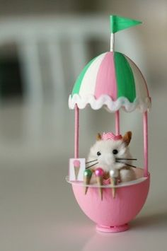 What to do with those plastic easter eggs? Make this adorable mini!