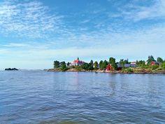 Sightseeing Cruising in Helsinki Archipelago | Ticket to Adventures