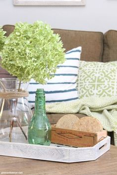 The costal rustic living room reveal - lots of budget-friendly decorating and DIY projects, including furniture makeovers, gallery wall planning + more. Rental Decorating, Family Room Decorating, Decorating Blogs, Summer Decorating, 1920s, Basement Colors, Coastal Living Rooms, Living Room Remodel, Decorating Coffee Tables