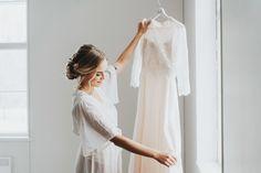 Boheemit talvihäät – stailattu hääkuvaus Epaalan Anselmilla White Dress, Dresses, Fashion, Vestidos, Moda, Fashion Styles, Dress, Fashion Illustrations, Gown