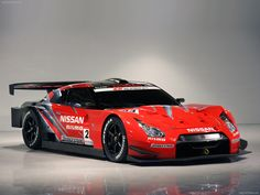 The livery design swipes forward from the rear in bold red and black – the red symbolises the passion for racing, while the black signifies the high performance of the new Nissan GT-R. Description from fabulous-carz.blogspot.com. I searched for this on bing.com/images