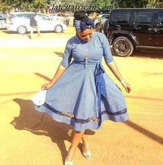 Top shweshwe dresses with apron - Reny styles shweshwe dresses with apron African Men Fashion, African Fashion Dresses, African Dress, Ankara Fashion, Ankara Styles For Men, Latest Ankara Styles, Beautiful Ankara Gowns, Kaftan Style, Pencil Skirt Outfits