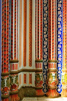 Paintings And Carving On Pillars, Palace Umer Hayat, #Chiniot, #Pakistan. #architecture