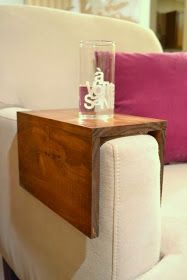 Pallet Projects : Pallet Armchair Table