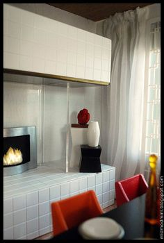 Warm and Simple Dollhouse Miniature Modern Roombox by Atomic Ω Blythe, via Flickr