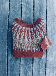 Knitting Patterns Women Ravelry: Tusseladdgenser pattern by Linka Karoline Neumann Motif Fair Isle, Fair Isle Pattern, How To Start Knitting, How To Purl Knit, Crochet Woman, Knit Crochet, Crochet Granny, Free Knitting, Baby Knitting