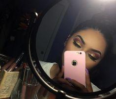 Eyeshadow on fleek