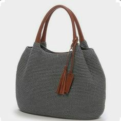 Marvelous Crochet A Shell Stitch Purse Bag Ideas. Wonderful Crochet A Shell Stitch Purse Bag Ideas. Crochet Shell Stitch, Crochet Tote, Crochet Handbags, Crochet Purses, My Bags, Purses And Bags, Purse Patterns, Knitted Bags, Crochet Accessories