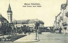 Marosvásárhely:Deák Ferencz utca,balra a városháza és Kulturpalota.1915 Utca, Bali