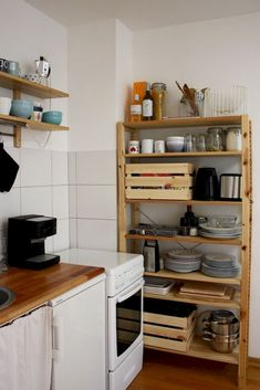 The Best of Little Apartment Kitchen Decor Small Kitchen Remodel Apartment Decor Kitchen Little Kitchen, New Kitchen, Kitchen Dining, Kitchen Decor, Awesome Kitchen, Kitchen Ideas, Kitchen Cabinets, Small Kitchen Inspiration, Kitchen Wood