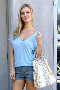 Joanna Krupa hot in Shorts Spotted in Miami  http://www.simplecelebrity.net/?p=15006