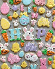 Decorated Easter cookies are such a cute addition to the Easter celebrations. Get some Easter cookie ideas here with bunny, eggs, and some Greek styles as well. Try to DIY some of these cookies at hom No Egg Cookies, Cute Cookies, Sugar Cookies, Cookies Et Biscuits, Easter Cupcakes, Easter Cookies, Holiday Cookies, Easter Cake, Icing Cupcakes