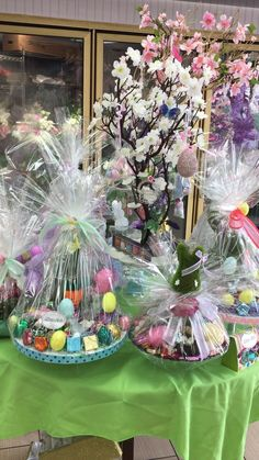 Easter chocolate baskets Chocolate Baskets, Easter Chocolate, Christmas Tree, Table Decorations, Holiday Decor, Fun, Home Decor, Chocolate Gift Baskets, Teal Christmas Tree