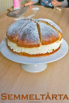 Semmeltarta - Swedish Cream Bun 'Cake'