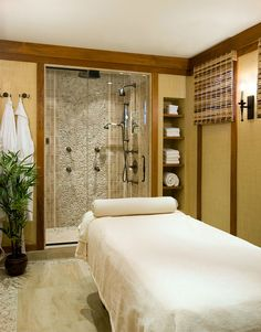 Cullman & Kravis: Country-bath and massage room
