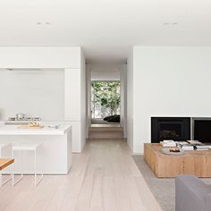 holistic residential architecture and interior design : award winning architects melbourne Architects Melbourne, Architecture Résidentielle, Box Houses, Small Houses, Design Moderne, Baby Halloween, Living Area, Living Rooms, Home And Family