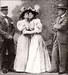 Allan Aynesworth, Evelyn Millard, Irene Vanbrugh and George Alexander in the 1895 London premiere of 'The Importance of Being Earnest'