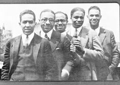 Harlem renaissance fashion was about celebrating the African American community. In general it was a celebration of art, poetry and black culture.