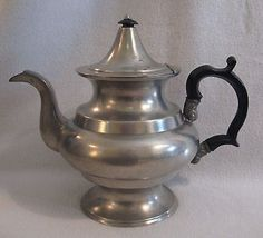 "FIRST HALF 19TH C. unmarked AMERICAN PEWTER TEAPOT possibly BOARDMAN 7-3/4"" high in Antiques, Decorative Arts, Metalware 