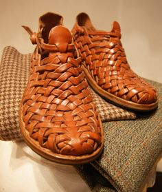 8 Superb Simple Ideas: Shoes Teen My Style formal shoes with jeans.Old Shoes Sketch. Shoes With Jeans, On Shoes, Black Shoes, Shoe Boots, Shoes Heels, Louboutin Shoes, Shoes Sneakers, Dress Shoes, Balenciaga Shoes
