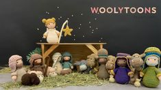 Have you seen the new Woolytoons Nativity crochet set with a pregnant Mary? After the birth you can remove her belly and turn it into a sling for the baby. This set contains all the caracters in the picture. You can find the pattern here: Christmas Nativity, Christmas Ornaments, Crochet Patterns, Teddy Bear, Pop, Holiday Decor, How To Make, Pictures, Etsy