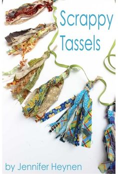 Tutorial: Scrappy fabric tassels, no sewing required - Sewing Crafts Scrap Fabric Projects, Fabric Crafts, Sewing Crafts, Sewing Projects, Diy Crafts, Upcycled Crafts, Diy Projects, Fabric Beads, Fabric Jewelry