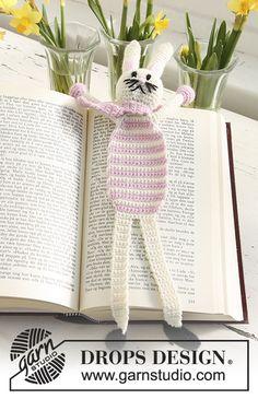 Mesmerizing Crochet an Amigurumi Rabbit Ideas. Lovely Crochet an Amigurumi Rabbit Ideas. Marque-pages Au Crochet, Easter Crochet, Crochet Books, Crochet Bunny, Crochet Stitches, Free Crochet, Crochet Bookmark Pattern, Crochet Bookmarks, Crochet Patterns