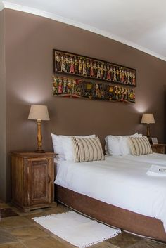 View Excellent Guest House and all our other Accommodation listings in Cape Town. Number 27, Comfort Style, Africans, Credit Cards, Cape Town, Wi Fi, South Africa, Luxury, Street